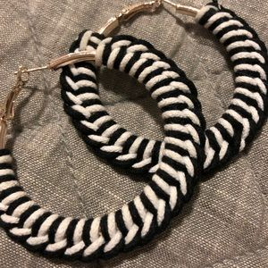 Adorable hooped earings